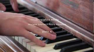 piano cafe pireneus