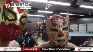 Rey Makawi y Super Kaoz desean feliz Navidad a Chicago