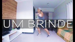 Um Brinde - Dennis Feat. Marília Mendonça   Maiara e Maraisa   Coreografia   Prof. Brown