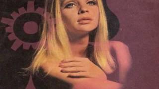 Francine Lainé » ⚜️ « Lolitissimo (1970)