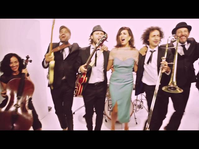 Videoclip de ''Ahora'', Dry Martina.