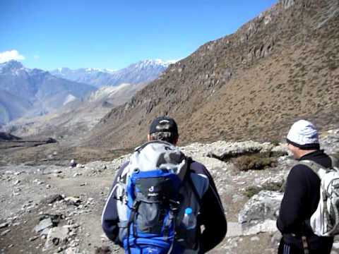 Thorung La Pass – Descend to Muktinath – Nepal – 2010 – Annapurna Circuit –