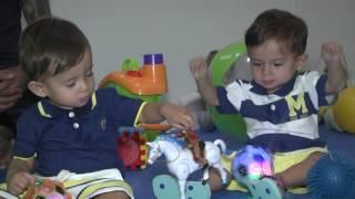 Série gêmeos: Da infância à terceira idade, como é envelhecer com o irmão ao lado