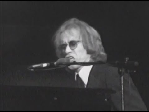 warren-zevon-wild-age-4-18-1980-capitol-theatre-official-warren-zevon-on-mv