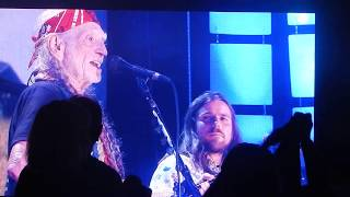 "Willie Nelson & Family ""I Woke Up Not Dead Again Today"" at Farm Aid 2017"