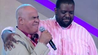 Raul Gil - Mattos Nascimento canta com Péricles