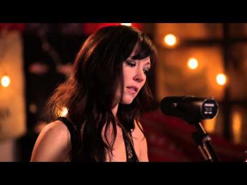 amanda-shires-garden-song-live-from-rhythm-n-blooms-2013-liveandbreathing