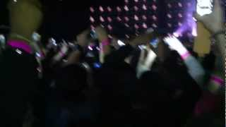 Drake Opens Live @ London, O2, ( Lord Knows )