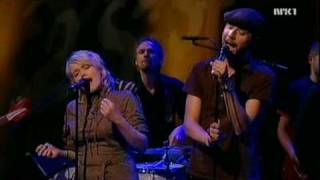 Madrugada & Ane Brun - Lift Me (first live performance, 2005)