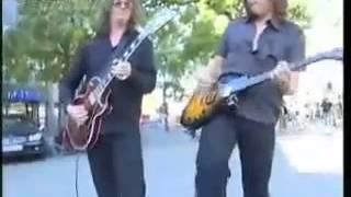 •Joey TEMPEST & John NORUM / Live Duet on the Berlin Street - 2006 Part2