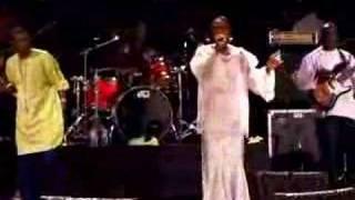 WOMAD Singapore 2007 - Youssou N'Dour (Seven Seconds) LIVE!