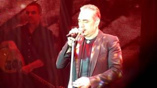 Νότης Σφακιανάκης - Δίνει Τα Φιλιά live 2016