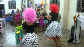 Grupo de Coreografia Meninas dos Olhos de Deus dança do Canguru de Aline Barros
