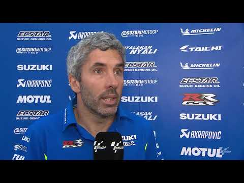 Team Suzuki Ecstar prepare for the VisitQatar Grand Prix