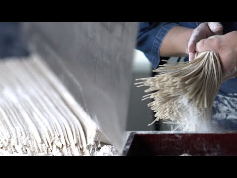Watch This Noodle Master Expertly Make Japanese Soba Noodles