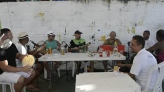 """""""Feijão com Samba Natal"""" Tony Ferreira cantando Bebeto Loteria de Fundo de Quintal"""
