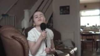 Thalia Singing