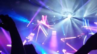 MZ ft Nekfeu - Les Princes (Live Feu tour 2016 au Zenith de Lille)