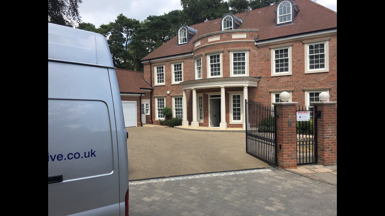 Bespoke Removals by the experts