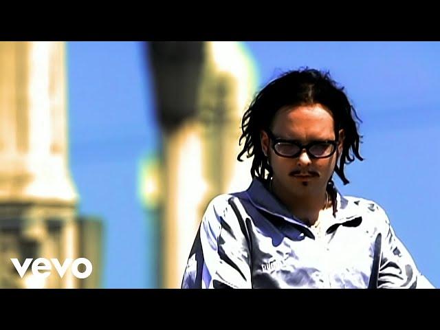 Videoclip oficial de la canción Got The Life de Korn