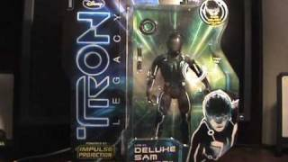 Tron: Legacy Deluxe Sam Flynn Figure Review width=
