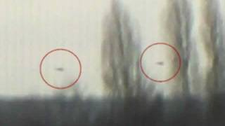 2 UFO filmed landing on earth, Jan 2012