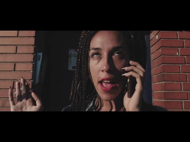"""Videoclip de """"Cheapqueen"""", la primera canción publicada de Mueveloreina."""