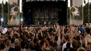 Red Hot Chili Peppers - Intro - Live at Slane Castle [HD]
