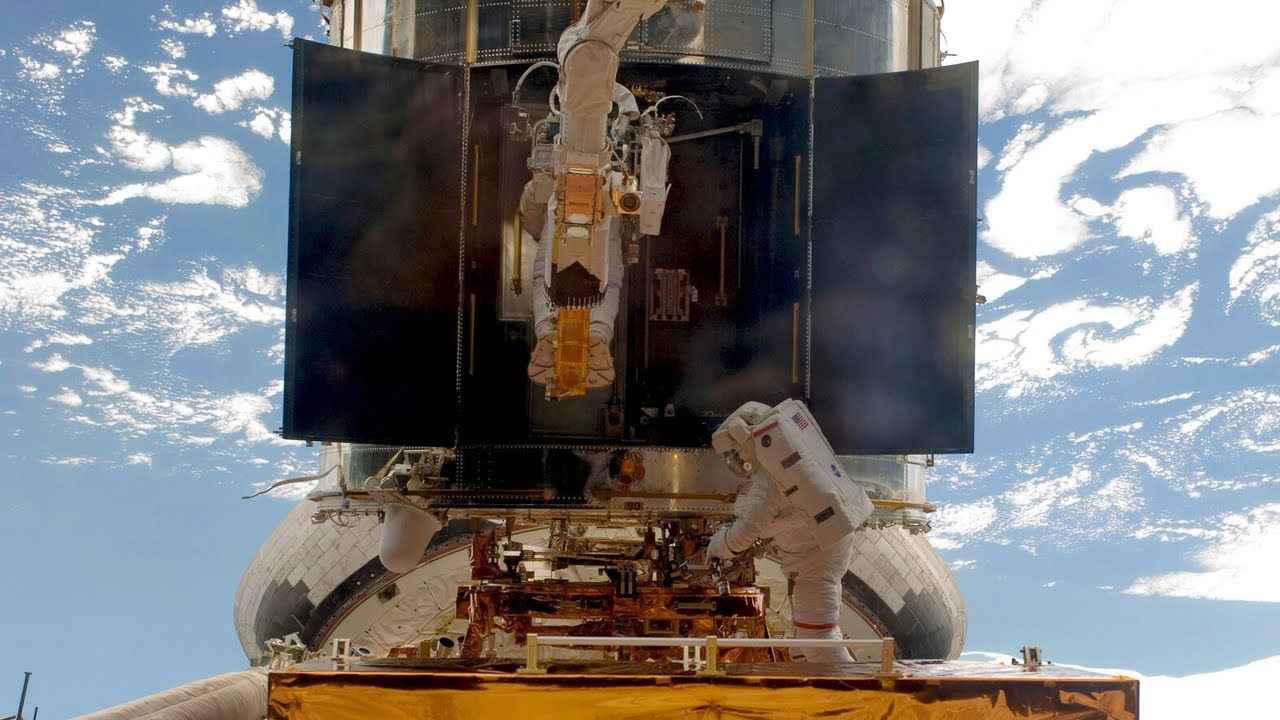 Servicing NASA's Hubble Telescope – Hubble's Servicing Mission 4