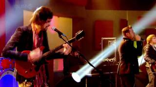 Kasabian - Underdog - Live At Friday Fight With Jonathan Ross [09.10.09]