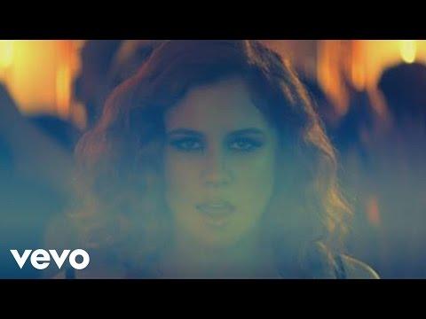 5 Am de Katy B Letra y Video