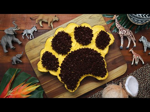 Paw Print Cupcake Cake As Inspired By The Lion King ? Tasty