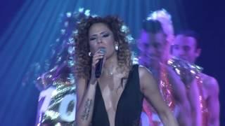 Adriana Lua - Só quero teu beijo (Official Video - Live)