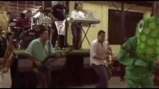 FIKO Y SU TUMBAO - El Teterete [Video Oficial]