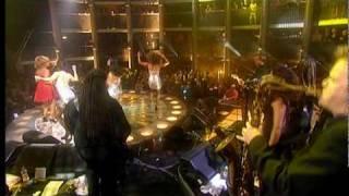 Tina Turner Hold On I'm Coming Live 2000