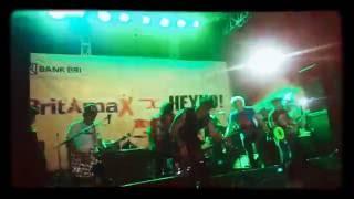 Tipe X Feat. Gangstarastaa Gokil kereeen abis !! Live Senayan 4 Desember 2016 Jakcloth