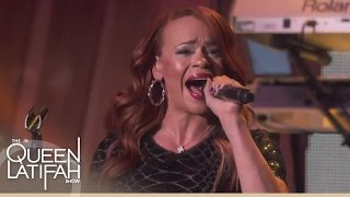 "Faith Evans Performs ""Fragile"" 