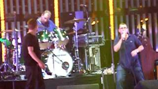 Blur and Phil Daniels - Parklife live in Manchester