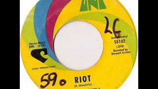 Hugh Masekela - Riot (instrumental)..wmv