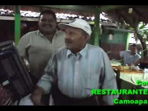 Canta Valentin Restaurante el Bosquecito Camoapa Nicaragua.4de5