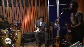 "Michael Kiwanuka performing ""Black Man In A White World"" Live on KCRW"