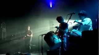 Divididos - Haciendo Cola para Nacer (Teatro Flores 13-03-13)