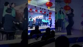 精神病院合唱团 女指挥 日本女优S型裤 疯狂