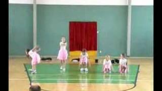 UR Dancers - Pohadky