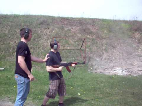 Andre AK 47 gun shooting in kiev .AVI
