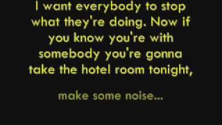 Hotel Room - Pitbull lyrics