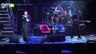Memorável: Paulo Gonzo em duetos com estrelas da música nos 13 anos do Multiusos de Guimarães