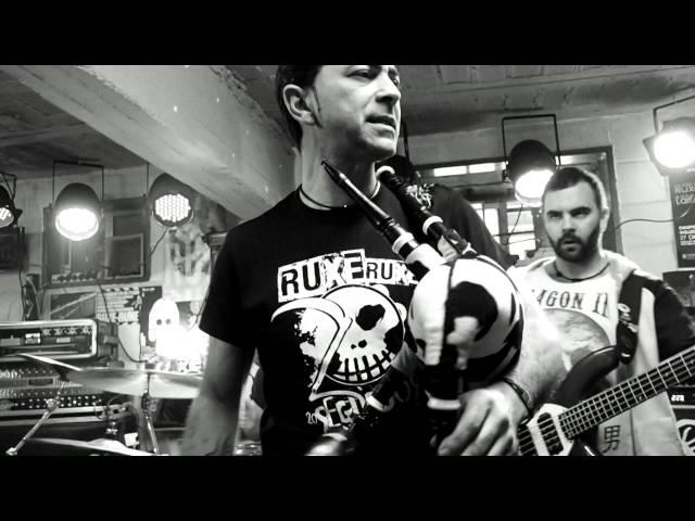 Vídeo de la canción Botarse a Andar de Ruxe Ruxe