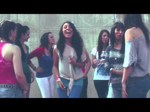 Vuelvo A Ser Nina de El Maki Letra y Video