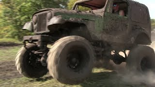 Green Jeep Powers Through The Mud At Harvest Mud Bog 2017